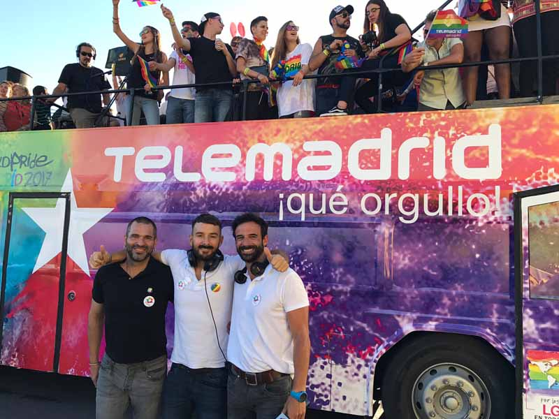 telemadrid carrozas orgullo gay