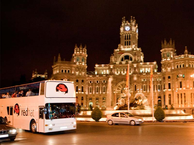 bus descapotable redhat cibeles