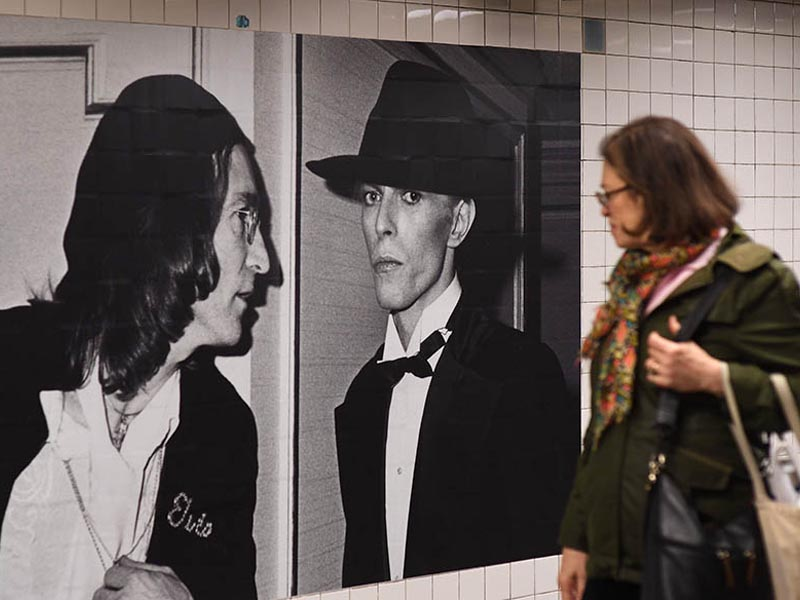 carteles metro nyc david bowie