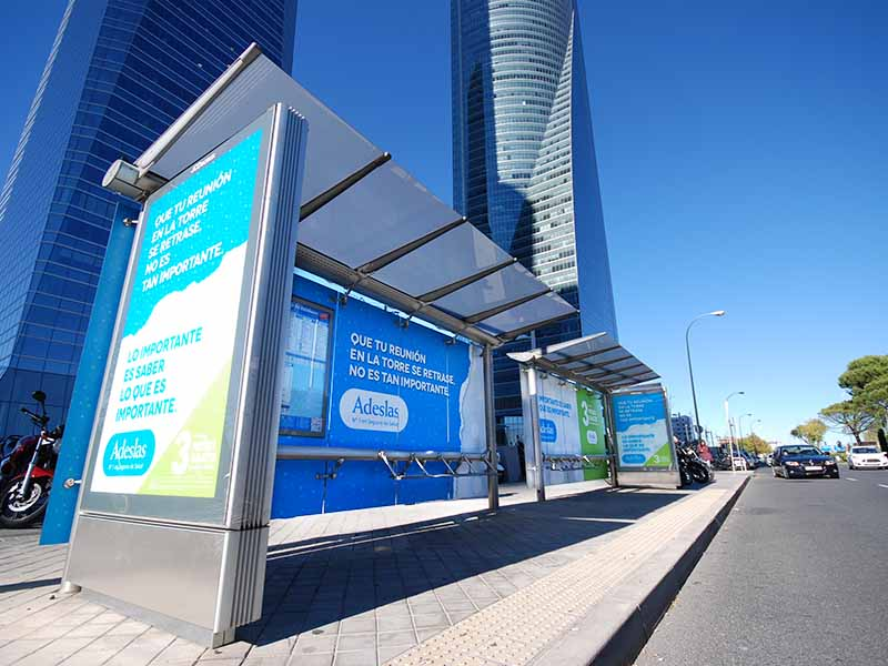 Grupo spi acci n especial de publicidad exterior adeslas for Oficinas de adeslas en madrid
