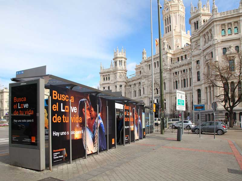 Marquesinas de Orange LOVE en Cibeles