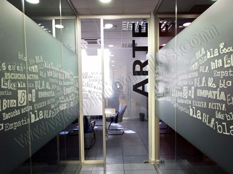 Grupo spi decoraci n y rotulaci n de interior vinilos for Vinilos para oficinas